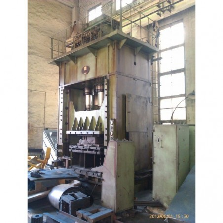 Hydraulic press PA3438 with hydraulic cushion
