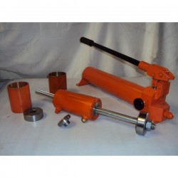 Pumps and hydraulic jacks