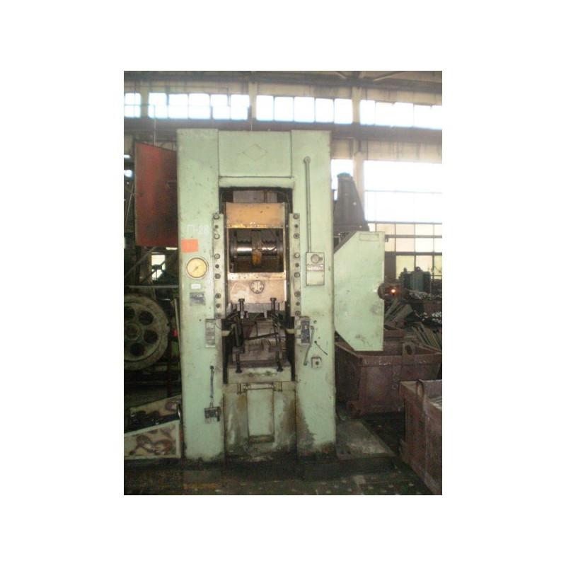 Prensa troqueladora Pinsk K8336 400ton