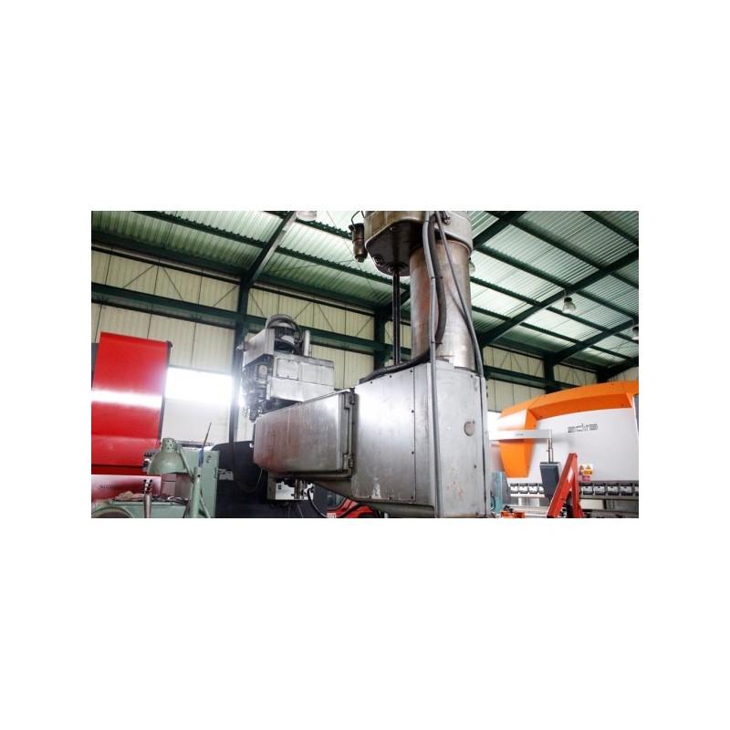 Radial Drilling Machine Russian 2M55